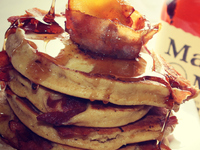 Small_apple_bacon_bourbon_pancakes