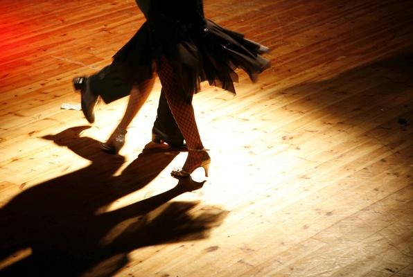 Carousel dance salsa