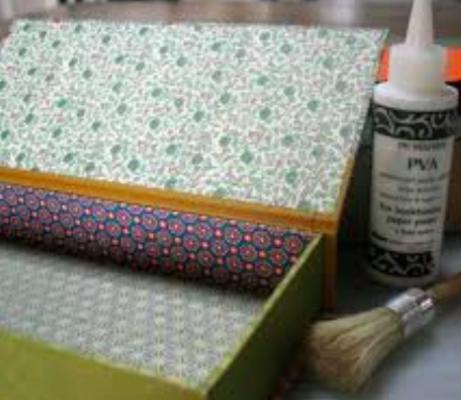 Carousel clamshell boxes dabble spudnik