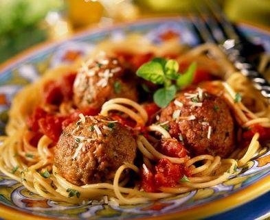 Medium spaghetti and meatballs