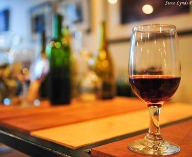 Medium wineglass