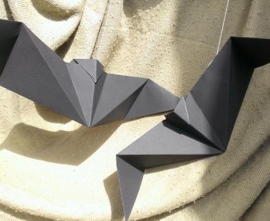 Medium bats origami