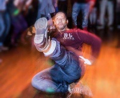 Medium moosey dance