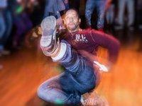 Small_moosey_dance