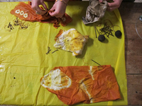 Small_natural_textiles_dyeing