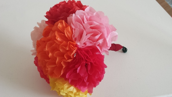 Crafts classes chicago learn to make paper flowers dabble learn to make paper flowers mightylinksfo