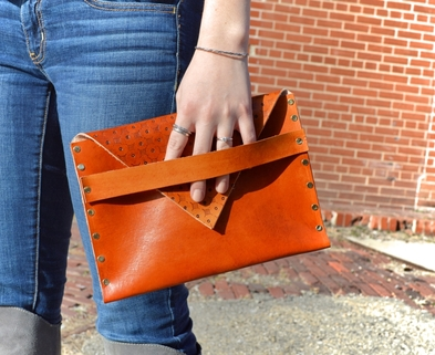 Medium dabble review diy leather clutch stl 1 1024x680