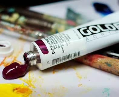 Medium artist vs student grade paint