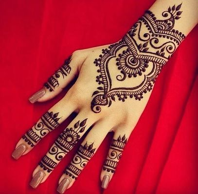 72974bae5 Henna Tattoo Classes Chicago - Learning About Henna: Hands-On | Dabble