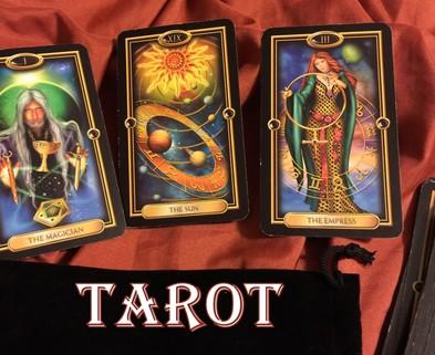 Medium 3 cards tarot