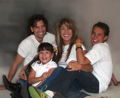 Medium happy family 1316748