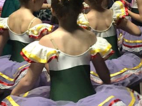 Small_3_girls_in_tutus_back_crop