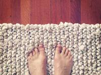 Small_knitted_bath_mat