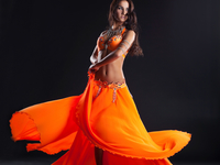 Small_belly_dancer_1