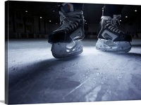 Small_hockey-skates-on-ice1000538