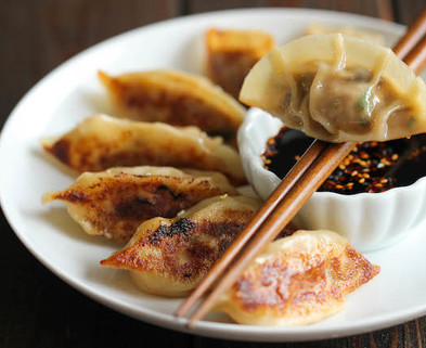 Medium chinese pot stickers 2