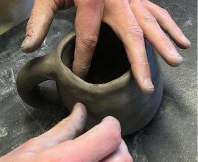 Medium pinch pot mug