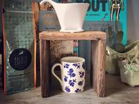 Small_pour_over_coffee-stand