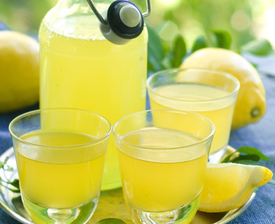 Medium limoncello 3 glasses 1080x825