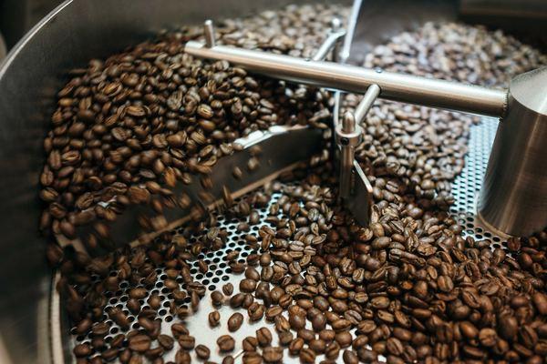 Carousel battlecreek coffee roasters my4hawxna 0 unsplash