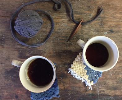 Medium mug rugs