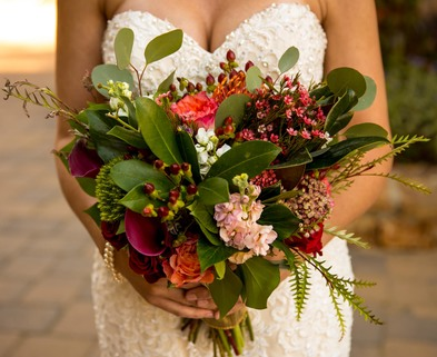 Medium sq bridal bouquet fall