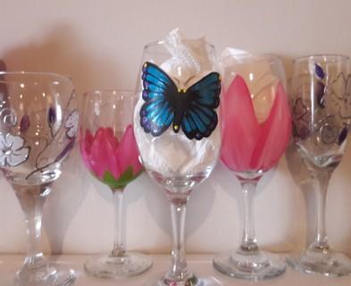 Medium wine glass collection
