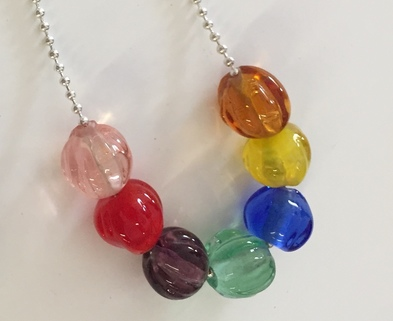 Medium rainbow bead necklace