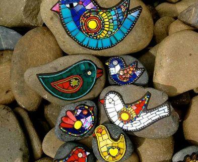Medium mosaic rocks