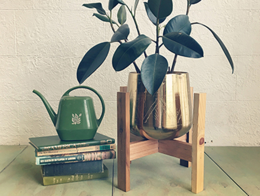 Carousel plant stand 2