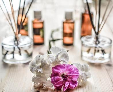 Medium scent 1431053 1920
