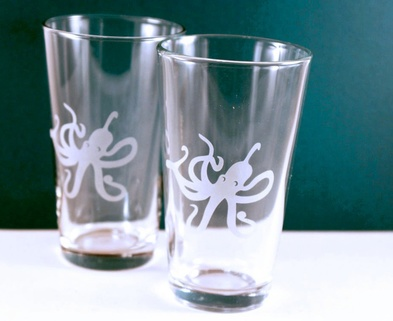 Medium pint glasses
