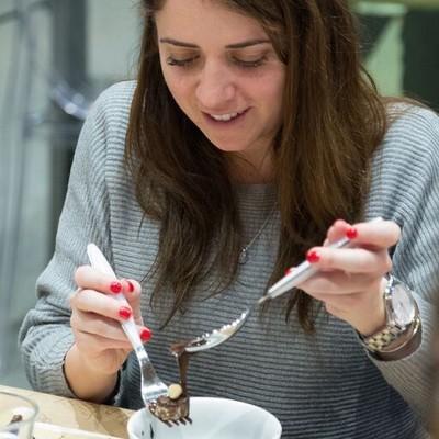 Carousel hands on perugina chocolate