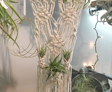 Medium macrame wall