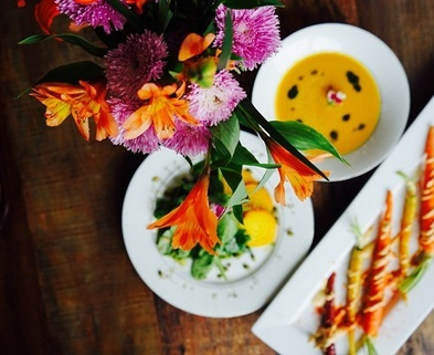 Medium grilled carrots and flowers