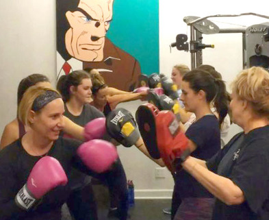 Medium ladies boxing