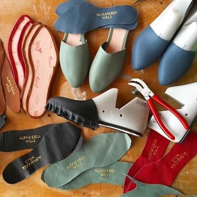 Carousel shoemaking alexandria willis dabble chicago