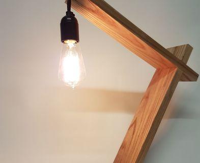 Medium desk lamp