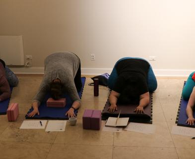 Medium yoga class1