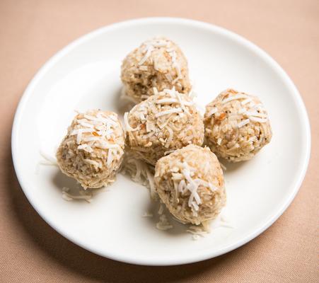 Carousel coconut macaroons 2