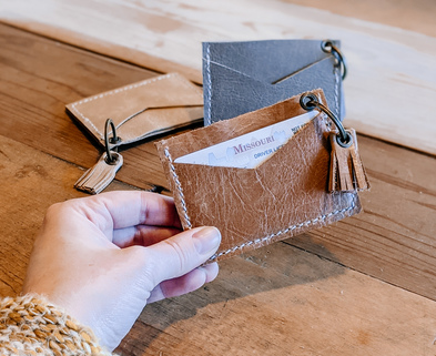 Medium leather wallet