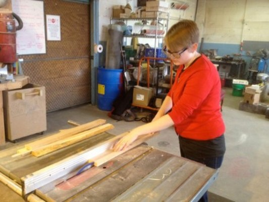 Woodworking Classes Chicago Beginning Woodworking Make A Cutting Board Dabble