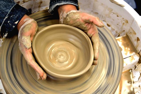 Carousel 1team building pottery class throwing smaartstudio v6  w