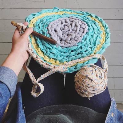 Carousel crochet rag rugs 5.10.17