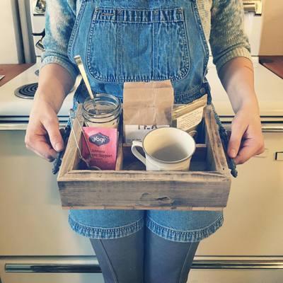 Carousel tea tray