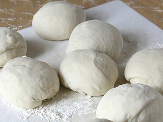 Carousel carousel bagel dough balls