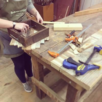Carousel reclaime wood tea tray class