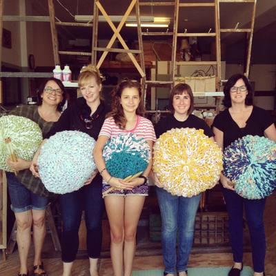 Carousel knitted ottoman poufs class