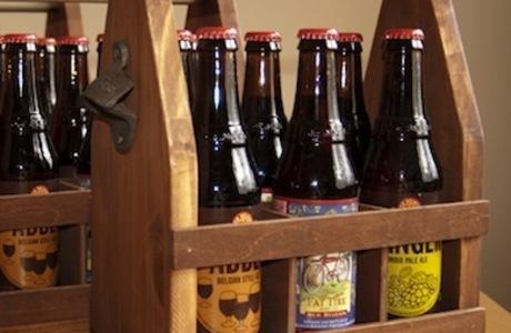 Medium bottle carrier woodworking