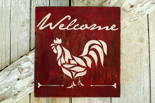 Carousel rooster welcome